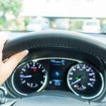 住宅街での車の運転で気をつけるべき3つのポイント