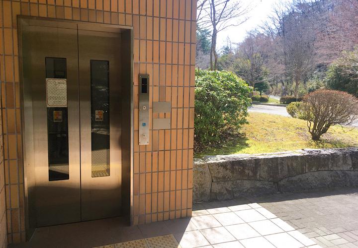 旭ヶ丘駅のエレベーター